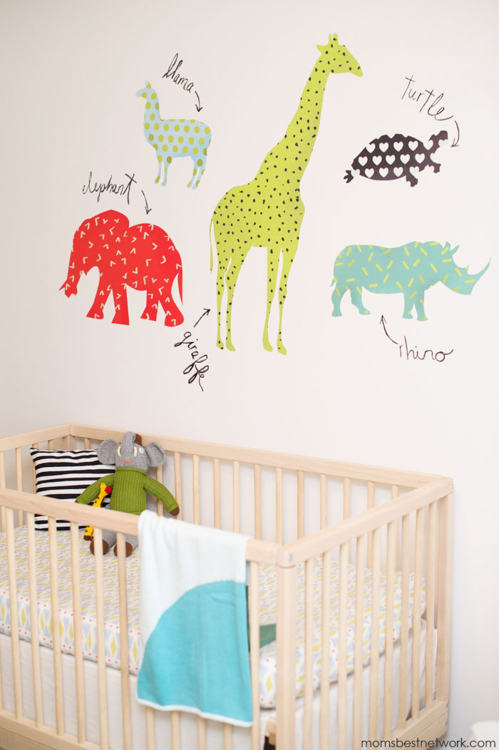 Dn-1-crib-and-animal-wall-decals